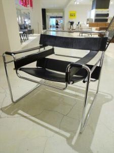▼東京都世田谷区より【正規品 Knoll/ノール Wassily Chair(ワシリーチェア)】を出張買取いたしました。